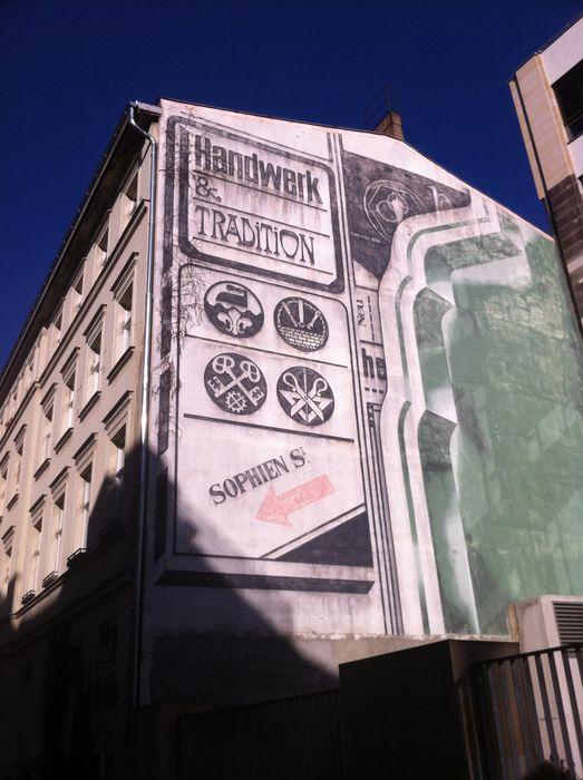 handwerker vereins haus 12 fotos berlin mitte sophienstra e golocal. Black Bedroom Furniture Sets. Home Design Ideas