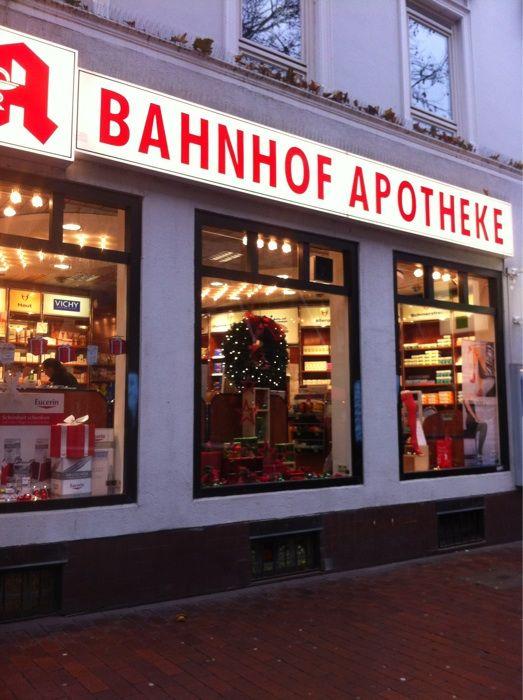 bahnhof apotheke inh dagmar hellwegen 1 foto hamburg ottensen ottenser hauptstr golocal. Black Bedroom Furniture Sets. Home Design Ideas