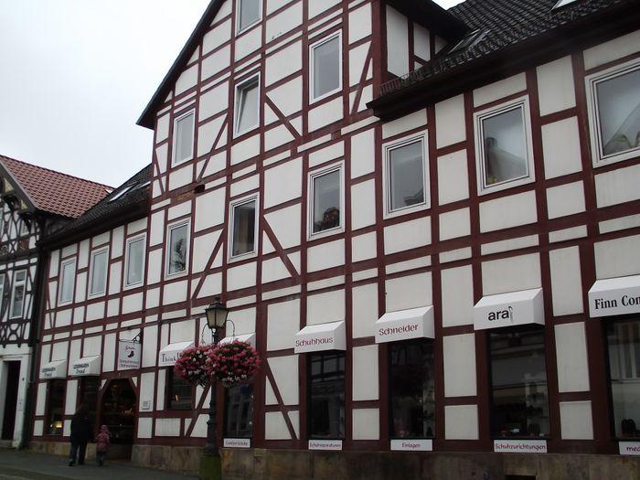 bilder und fotos zu schuhhaus schneider fu orthop die schuhhaus in b ckeburg lange str. Black Bedroom Furniture Sets. Home Design Ideas