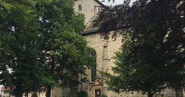 St. Saturnina Neuenheerse in Bad Driburg