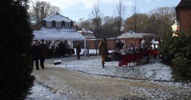 Weihnachtsmarkt - Advent auf Schloss Clemenswerth in Sögel