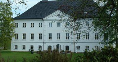 Schlossgut Groß Schwansee in Groß Schwansee Gemeinde Kalkhorst