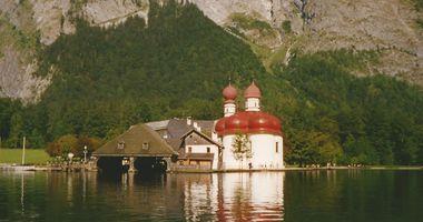 Kirche St. Bartholomä in Schönau am Königssee