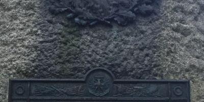 Grab von Admiral Brommy in Brake an der Unterweser