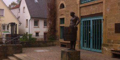 Alte Kelter - Mann im Fass in Brackenheim