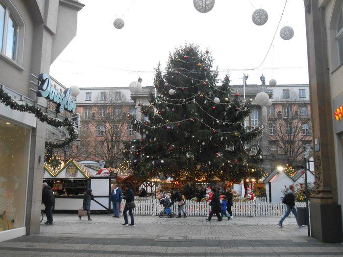 Weihnachtsmarkt Wuppertal öffnungszeiten.Gute Freizeitanlagen In Wuppertal Golocal