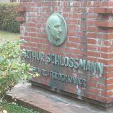 Arthur-Schloßmann-Brunnen Universitätsklinik (Geb. 13.70) in Düsseldorf