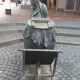 Tien Anton Skulptur in Viersen