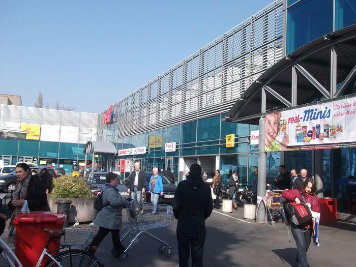 Bilder Und Fotos Zu Real Sb Warenhaus In Düsseldorf Friedrichstr