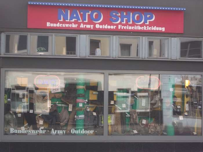 nato shop 1 bewertung d sseldorf friedrichstadt. Black Bedroom Furniture Sets. Home Design Ideas