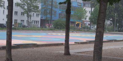 Spielplatz Kamper Acker (HS Düsseldorf Holthausen) in Düsseldorf