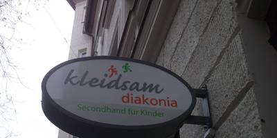 """Diakonia Dienstleistungbetriebe GmbH """"diakonia Kleidam"""" Second Hand für Kinder in München"""