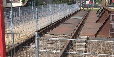 Roter Waggon am Draisinenbahnhof in Kleve am Niederrhein