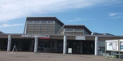 """Antik-, Kunst- & Design-Markt Ratingen in der """"Dumeklemmer Halle"""" in Ratingen"""