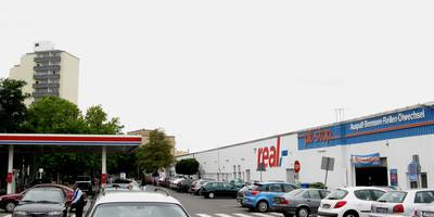 Tankstelle am Supermarkt 3211 in Hattersheim am Main