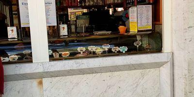 Manfredi Italienisches Eiscafé in Hanau