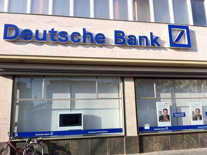 deutsche bank 1 bewertung berlin sch neberg tauentzienstr golocal. Black Bedroom Furniture Sets. Home Design Ideas