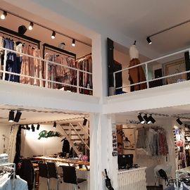 Bild zu männersache & frauenzimmer von Schinke Couture in Krefeld