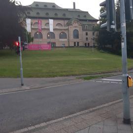 Bild zu Kaiser-Friedrich-Halle in Mönchengladbach