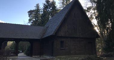 Stabkirche auf dem Südwestfriedhof Stahnsdorf in Stahnsdorf