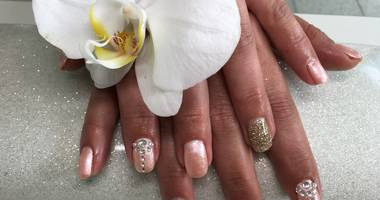 Angel Wings Nails & Lashes in Magdeburg