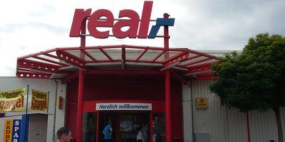 real,- SB-Warenhaus in Neumarkt in der Oberpfalz