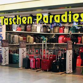 Taschen Paradies Mall of Berlin in Berlin