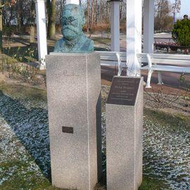 Kurpark und Promenade in Ostseebad Boltenhagen