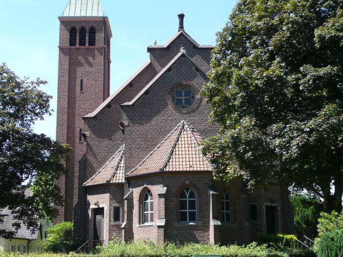 Bilder und Fotos zu Evangelische Kirche Utfort in Moers