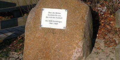 Gedenkstein für die DDR-Flüchtlinge in Ostseebad Boltenhagen