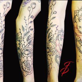 Fancy Pain Tattoo in Münster