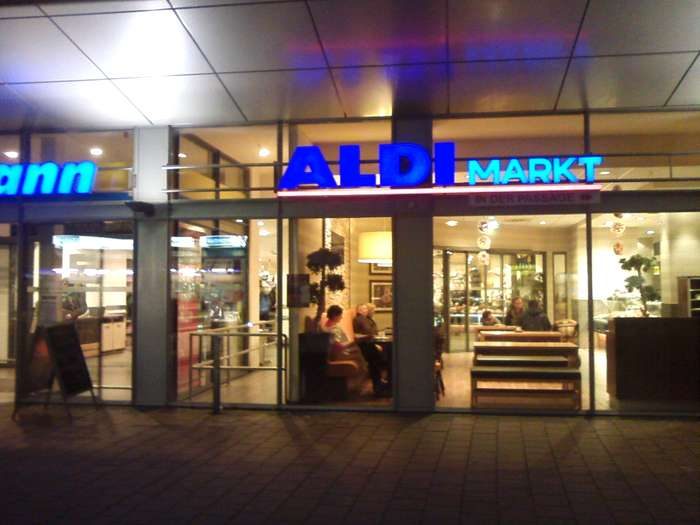 aldi nord in hamburg altona altstadt im das telefonbuch finden. Black Bedroom Furniture Sets. Home Design Ideas