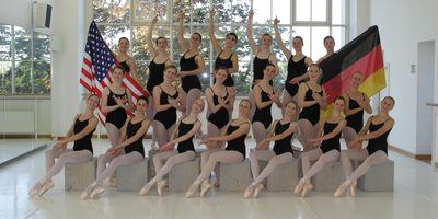 DanceCenter No1 Inh. Natalie Böck und Istvan Nemeth Ballett- & Musicalakademie in Augsburg