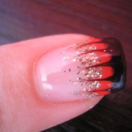 Bild zu Pretty Nails - Heidi Spanfelner - Nagelstudio in Straubing