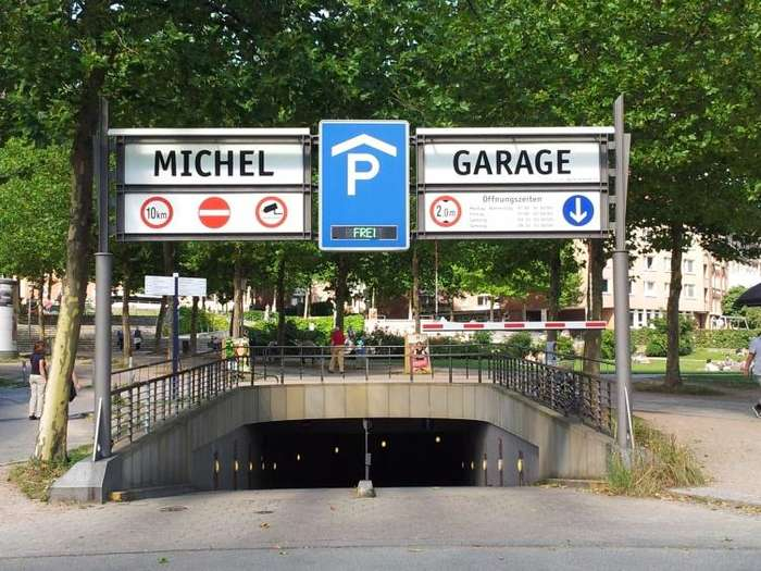 Michel garage 3 bewertungen hamburg neustadt for Garage michel auto