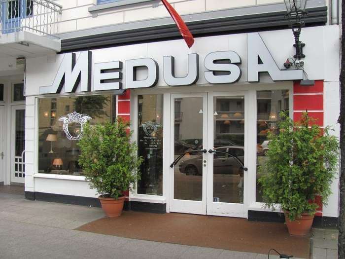 medusa handels gmbh co antiquit ten lampen in hamburg hoheluft west im das telefonbuch. Black Bedroom Furniture Sets. Home Design Ideas