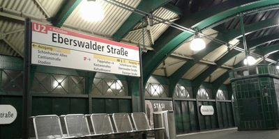 U-Bahnhof Eberswalder Straße in Berlin