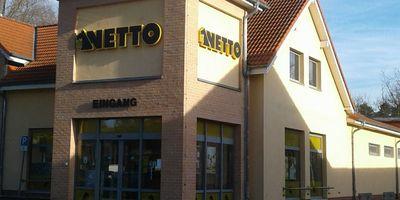 Netto Deutschland - schwarz-gelber Discounter mit dem Scottie in Bad Saarow
