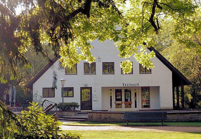 Bilder und Fotos zu Teehaus im Englischen Garten in Berlin, Altonaer Straße