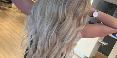 Schönheitssalon – Friseur – Kosmetik –Hydrafacial by Linn Hairstyle in Frankfurt