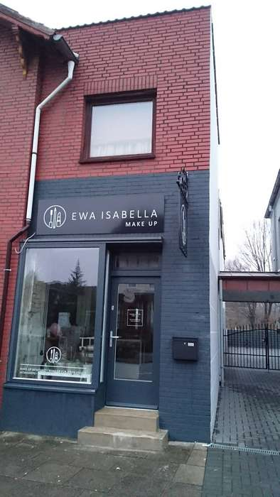ewa isabella make up studio 1 foto hamburg rahlstedt. Black Bedroom Furniture Sets. Home Design Ideas