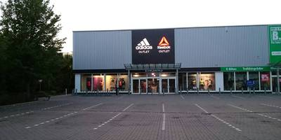 adidas Outlet in Stuhr