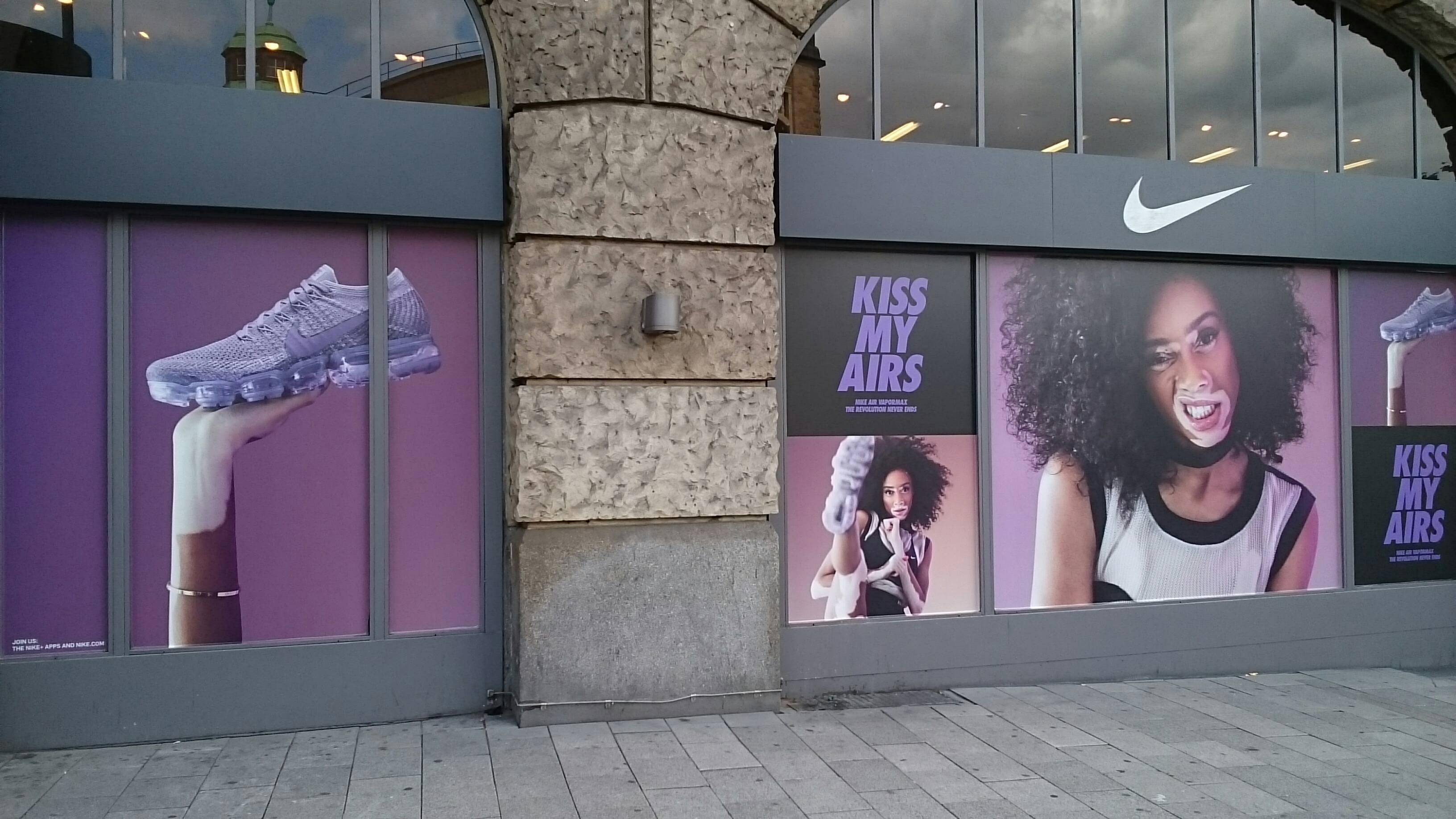shoes for cheap buy cheap run shoes ➤ Nike Store 20095 Hamburg-Altstadt Öffnungszeiten ...