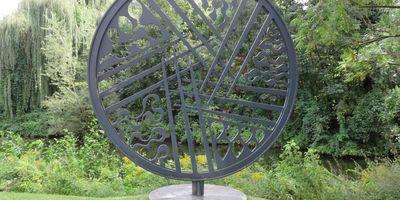 Die fünf Sinne - Skulptur im Flora Westfalica Park in Rheda-Wiedenbrück