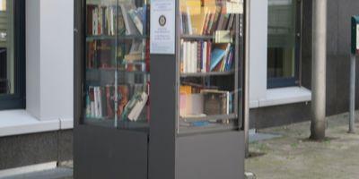 Offener Bücherschrank (Rotary Club) in Rheda-Wiedenbrück