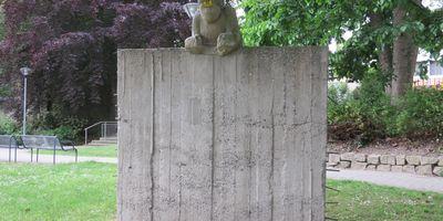 Hoffnung (Mauer mit Kind) - Skulptur im Stadtgarten in Unna