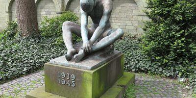 Trauer - Mahnmal für die Opfer des Krieges 1939-1945 in Soest