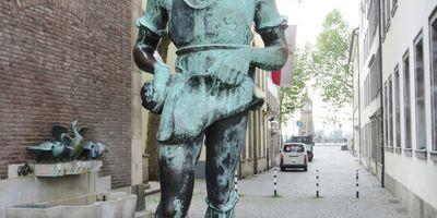 Gießerjunge - Skulptur in Düsseldorf