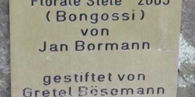 Abstrakte Skulpturen im Westfalenpark in Dortmund