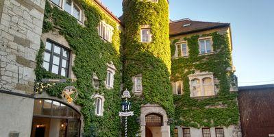 Weißes Brauhaus zu Kelheim Brauereigaststätte in Kelheim